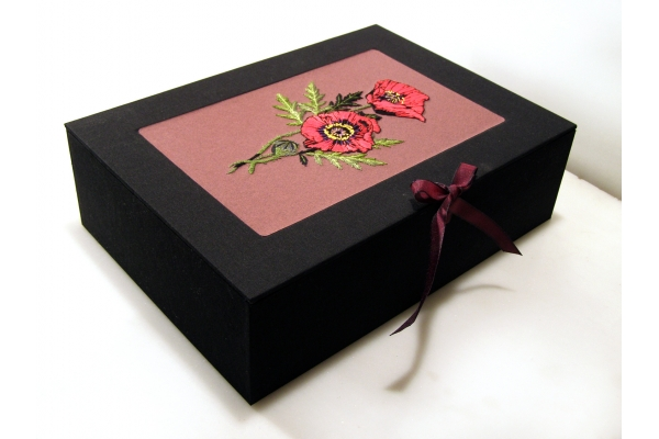 Memory Box. Poppies by Fabulous Cat Papers